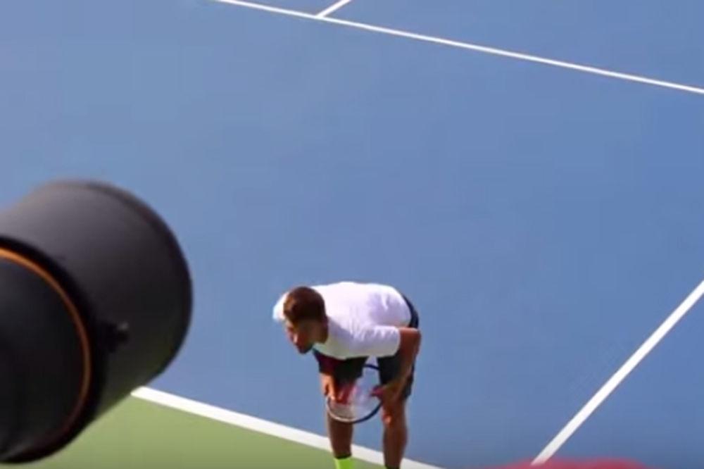 (VIDEO) OVAKO SE SRBI ZABAVLJAJU: Urnebesan trening Novaka i družine!