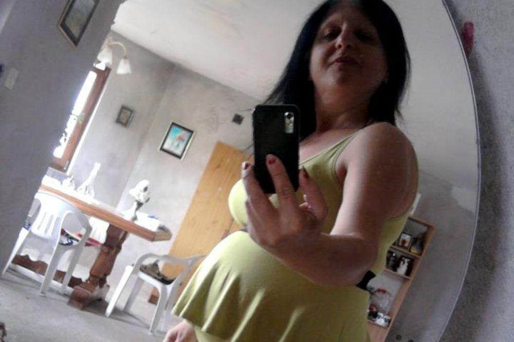 UŽASAVAJUĆE: Na Fejsbuk stavila sliku mrtve bebe