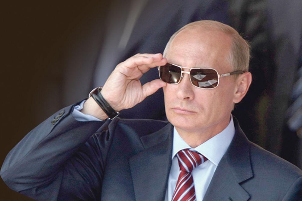 REGANOV SARADNIK PROZVAO EU POLITIČARE: Jel neko od vas toliki idiot da veruje u ove priče o Putinu?