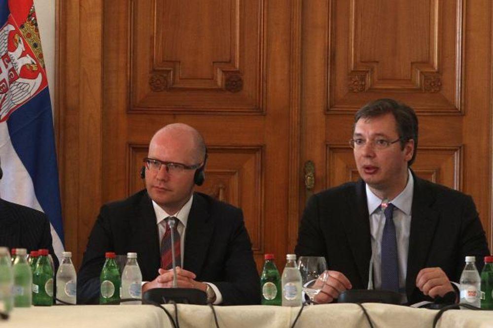 (FOTO) VUČIĆ SA PREMIJEROM SOBOTKOM: Moramo više da sarađujemo s privredom Češške!