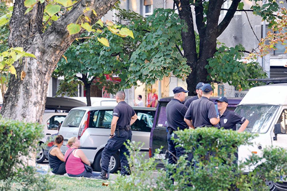 Komunalci oduzimali knjige i pisali kazne