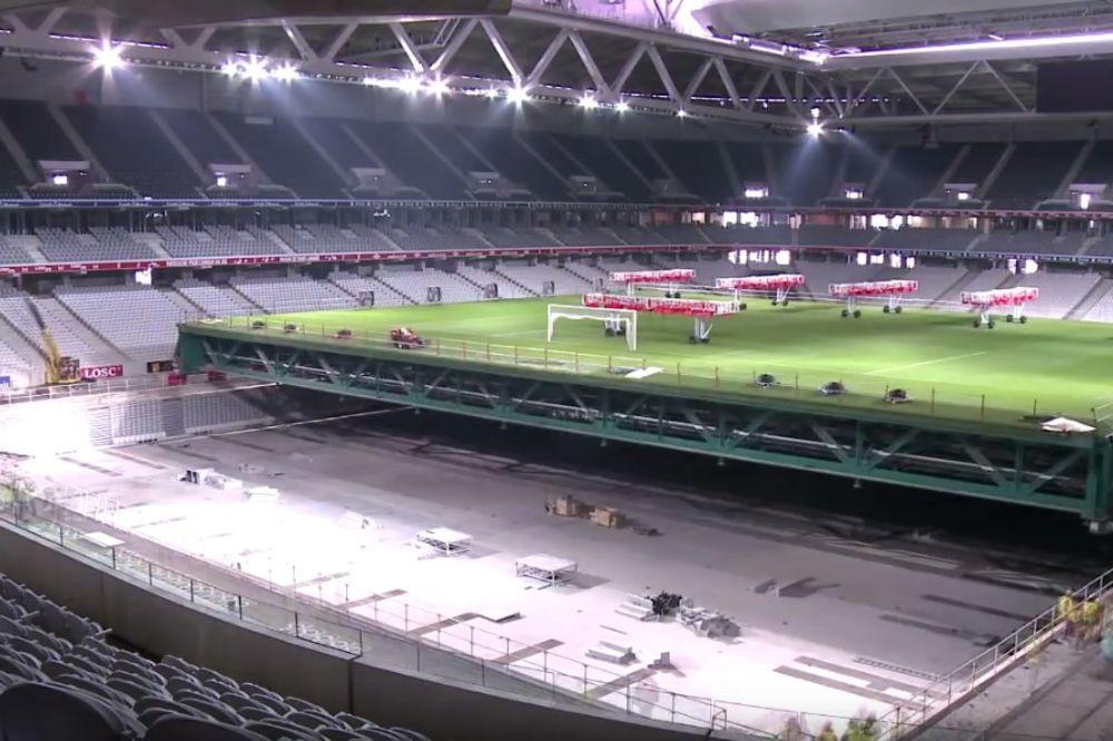 (VIDEO) TRANSFORMERS: Pogledajte kako se stadion od 618 miliona evra pretvara u košarkašku dvoranu