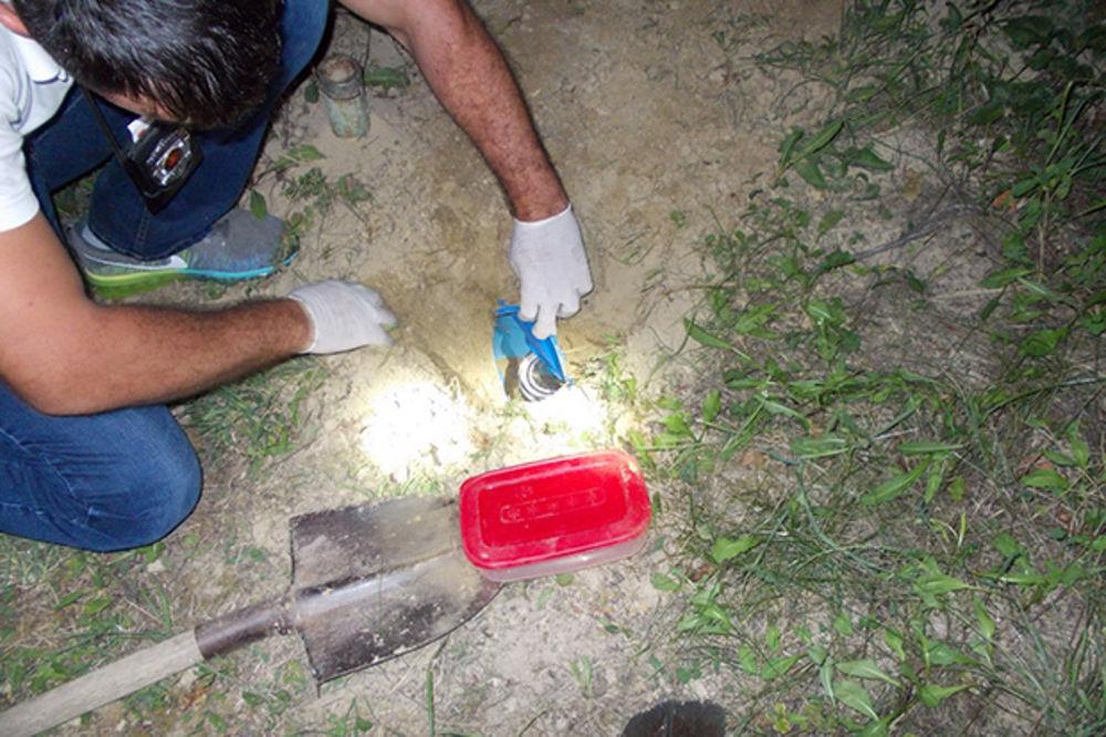 AKCIJA POLICIJE U BG I NS: Zaplenjeno 800 grama heriona, dvoje uhapšeno