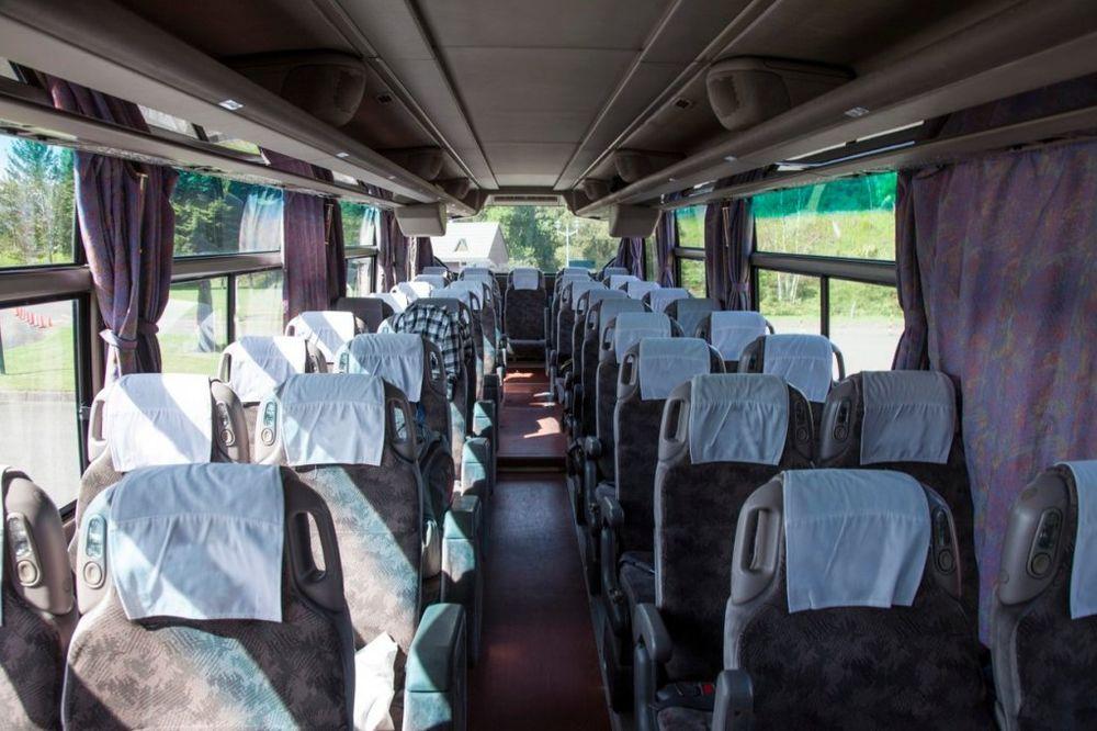 HVALA BOGU NA OVOM POLICAJCU IZ ČAČKA Autobus bez kočnica i pijani vozač umalo vozili đake u Grčku?!