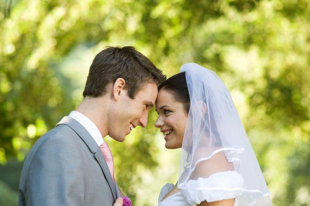 BROJEVI IZ DATUMA VENČANJA OTKRIVAJU: Da li će vaš brak uspeti
