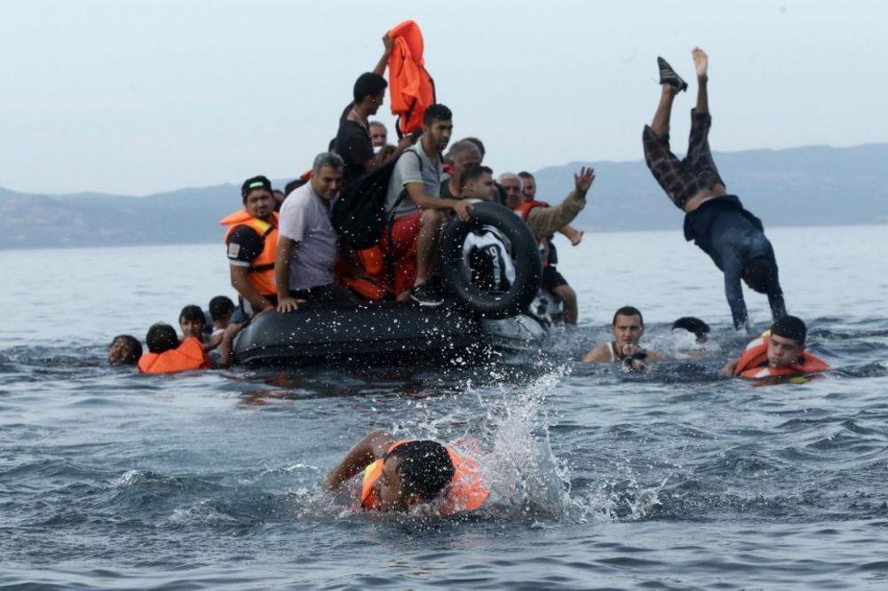 NOVI TALAS MIGRANATA: Stotine hiljada izbeglica našlo drugu rutu ka Evropi