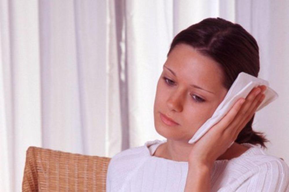 Sprečite komplikacije upale uva i grla