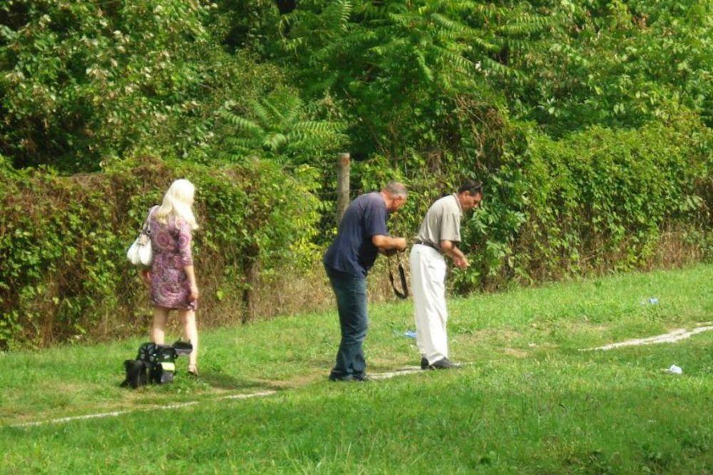 UZNEMIRUJUĆ PRIZOR U KRAGUJEVCU: Pronađeno telo muškarca pored puta