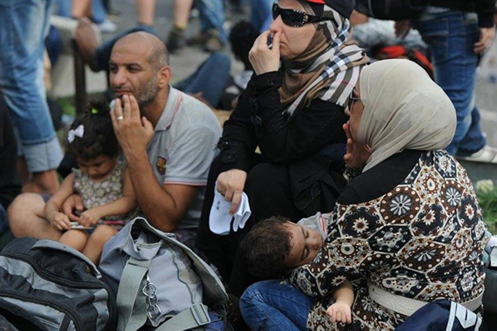 ODBOR U ALEKSANDROVCU: Dveri se pobunile protiv migranata