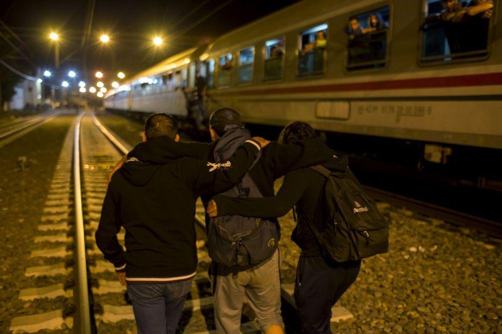 BEZ ZAUSTAVLJANJA U HRVATSKOJ: Ovo je novi režim transporta izbeglica!