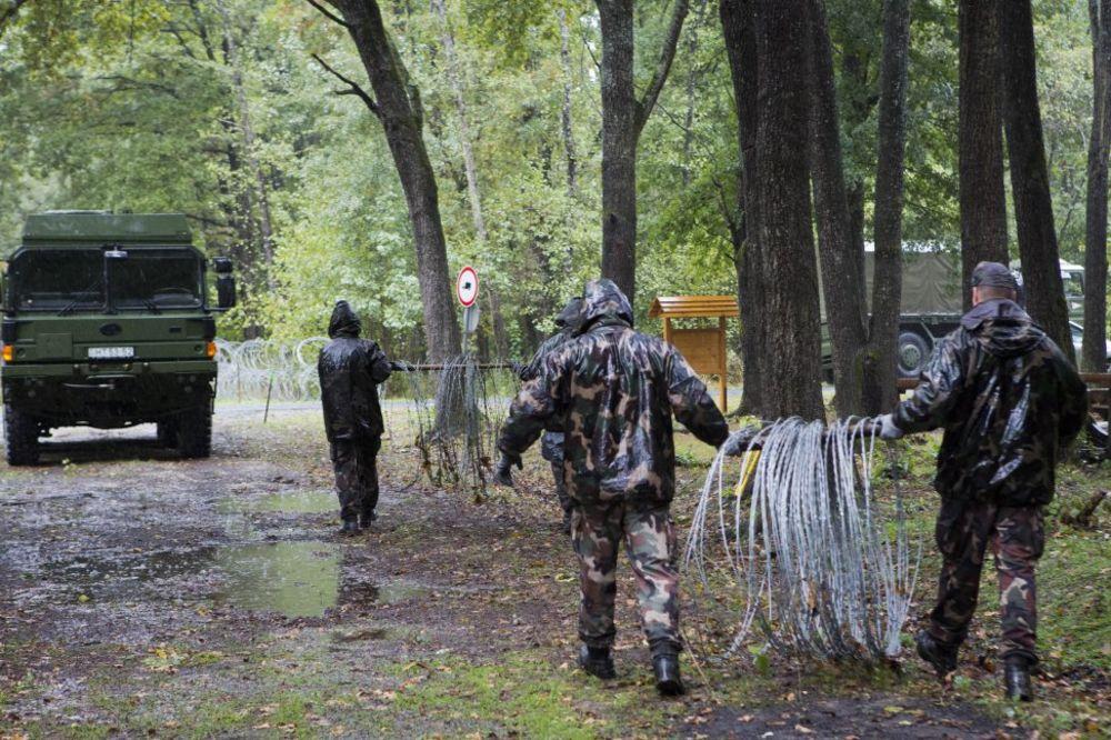 ŠTO JE SIGURNO, SIGURNO JE: Austrija diže nove ograde na granicama!