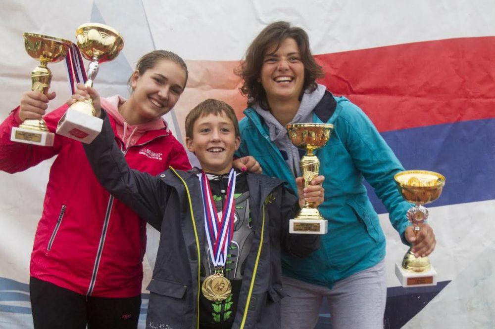 ZAVRŠENA ZEMUNSKA REGATA: Poznati šampioni Srbije u jedrenju