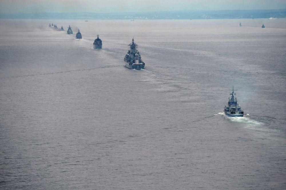 Ruski brodovi, Foto: AP