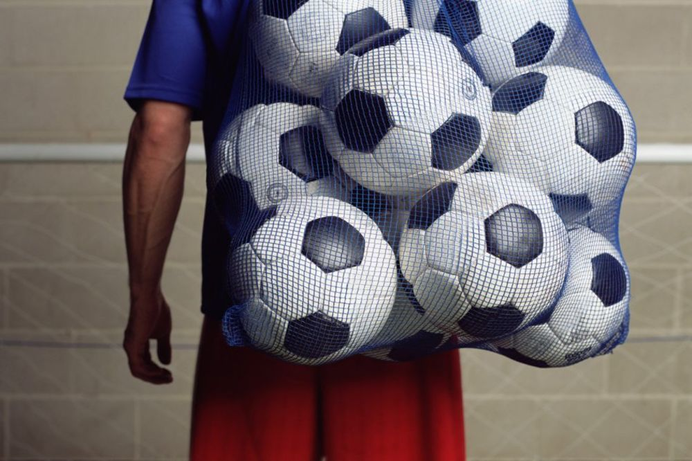 PETROVAC NA MLAVI: Došli da odigraju utakmicu, pa ukrali džak sa loptama