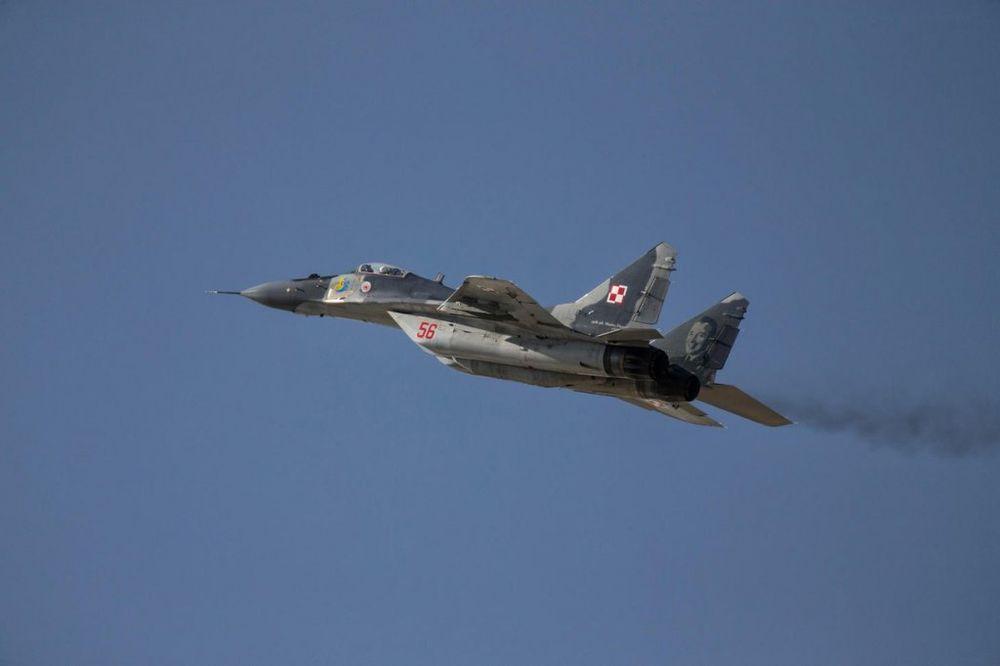 ZAMALO SUKOB NAD GRČKOM: Turski vojni avion uleteo u grčki prostor, Grci ga najurili