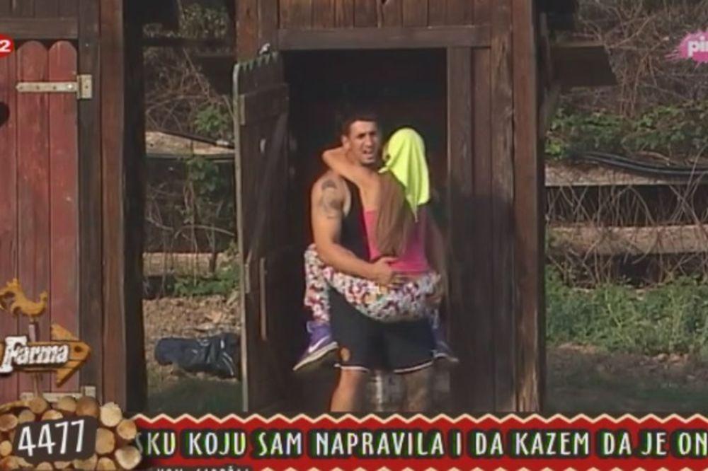 (FOTO) Balerinka zajahala Kristijana, a on je šutnuo!