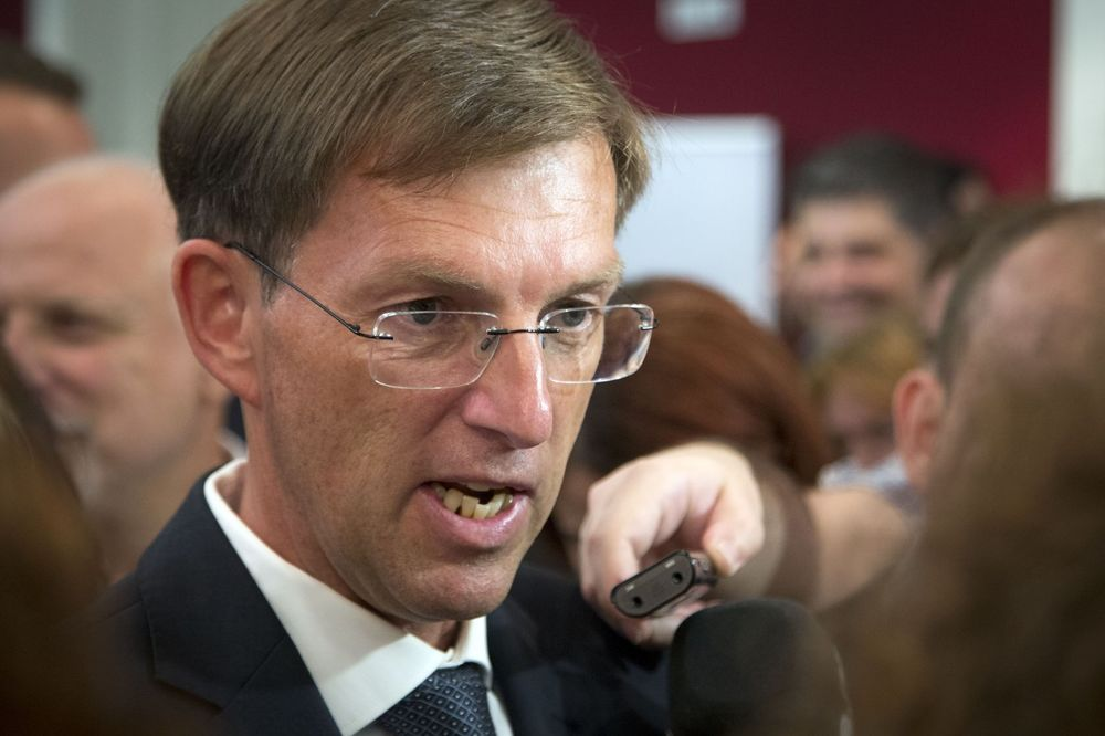CERAR: Zbog migranata opstanak EU je doveden u pitanje