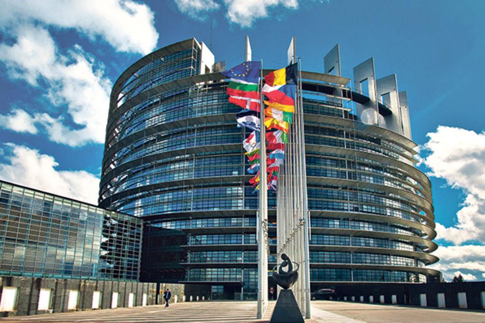 POVERLJIVO IZ BRISELA: Evo šta EU sada traži od Srbije!