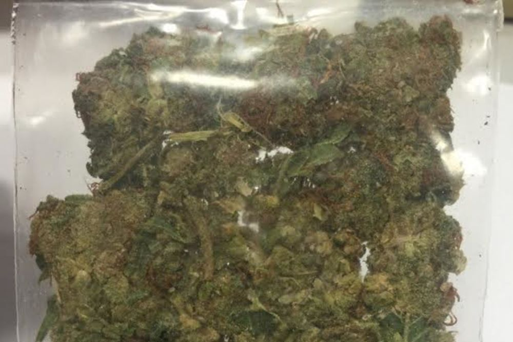 ZAPLENA U UŽICU: Srednjoškolci privedeni zbog marihuane