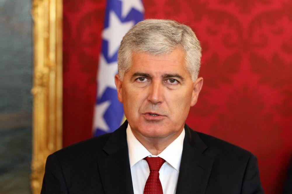ČOVIĆ: Vučić šalje poruke budućnosti BiH