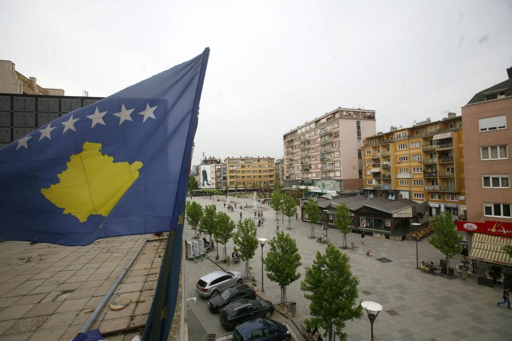 NATO ne menja strukturu na Kosovu, Jahjaga za formalne odnose