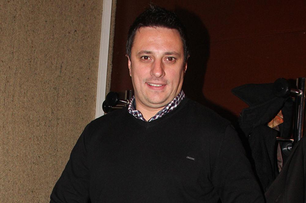 (FOTO) ANDRIJA MILOŠEVIĆ OTIŠAO U AMERIKU: Samo što je stigao, glumac opalio selfi