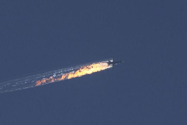 ŠOK U SIRIJI – Teroristi oborili još jedan avion!? MAPA