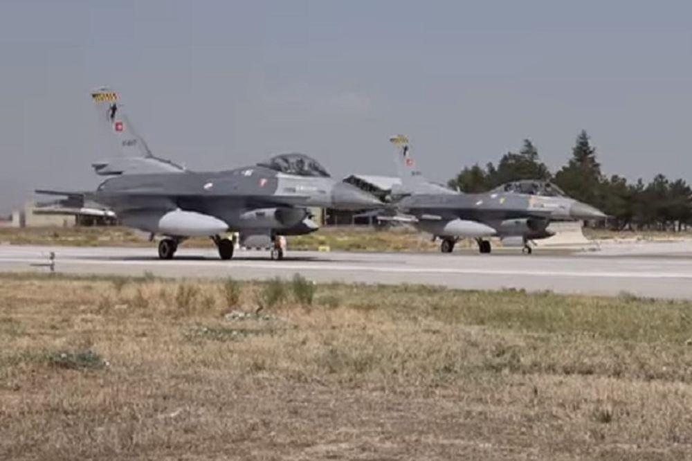 TRAŽE ODBEGLE BRODOVE SA PUČISTIMA U GRČKIM VODAMA: Uzleteli turski F-16