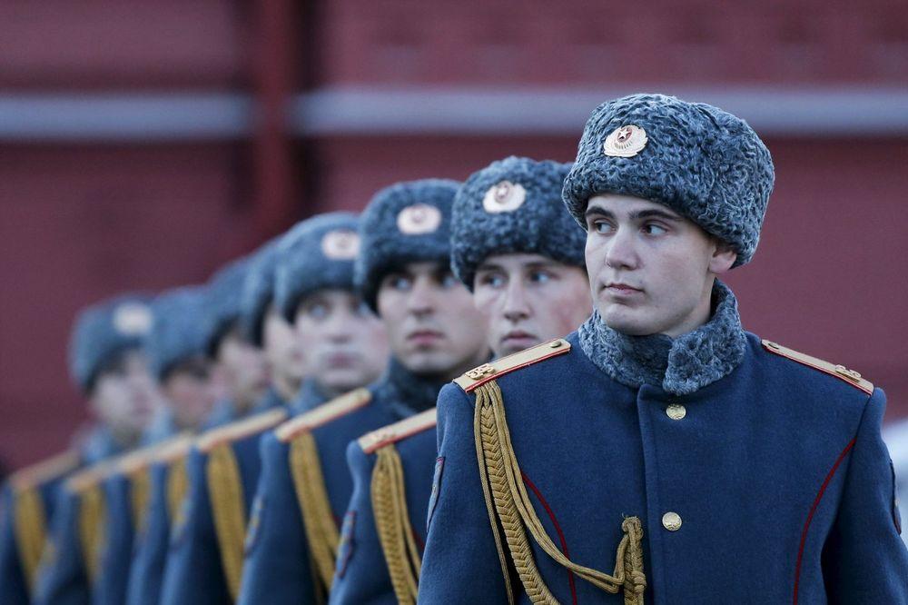 RUSIJA SE SPREMA ZA NATO: Ojačano jugozapadno krilo zbog gomilanja vojske Alijanse na granicama