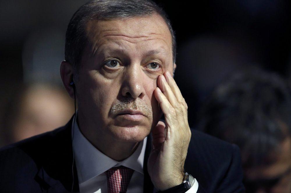 AMERIKA ILI RUSIJA: Erdogan i Turska na raskrsnici, koji je pravi put!