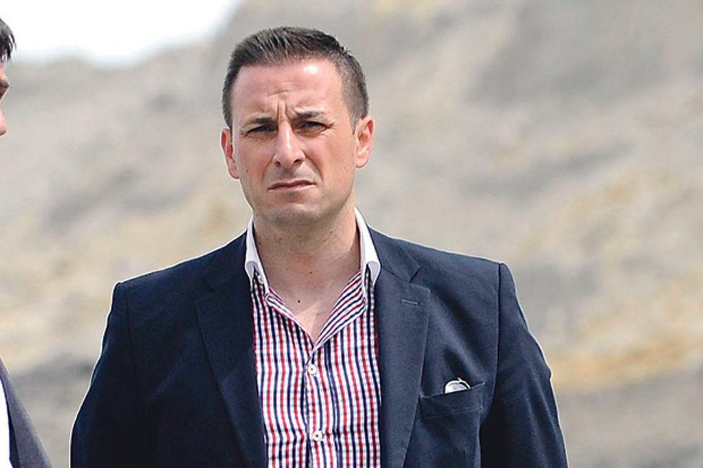 KURIR SAZNAJE ŠEF BEOGRADSKE POLICIJE DOBIO PREMEŠTAJ: Veselin Milić ide u Kragujevac?