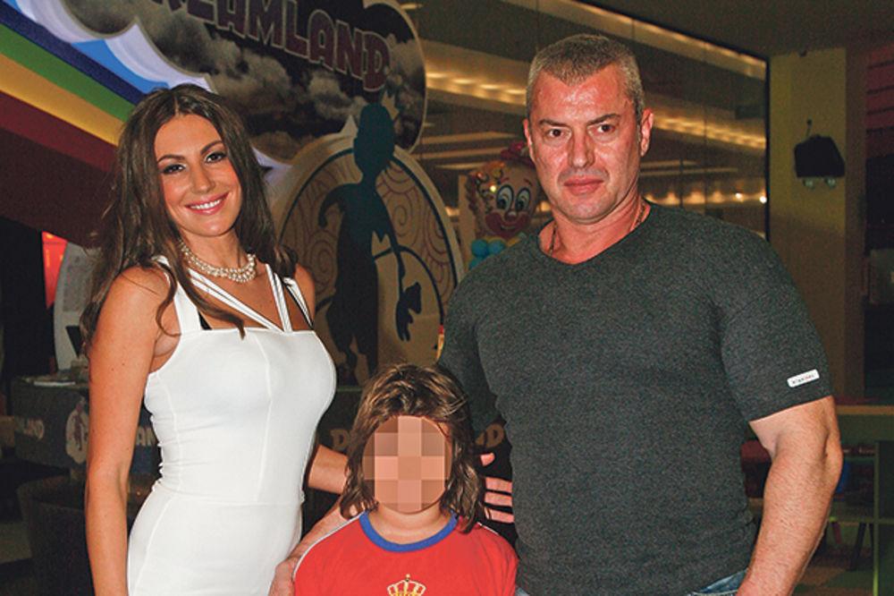 Nevena Stamenković: Adžem bivšoj ženi daje pare, a sin mu gladuje!