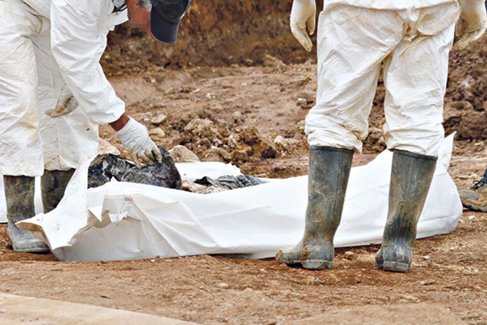 ZAVRŠENA EKSHUMACIJA: Uzeli DNK 36 posmrtnih ostataka Srba žrtava etničkog čišćenja tokom Oluje