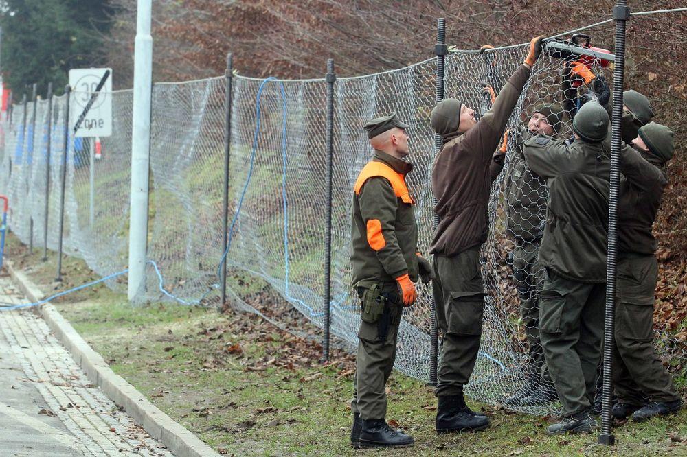 AUSTRIJANCI SE PREMIŠLJAJU: Za sada bez ograde na granici sa Mađarskom