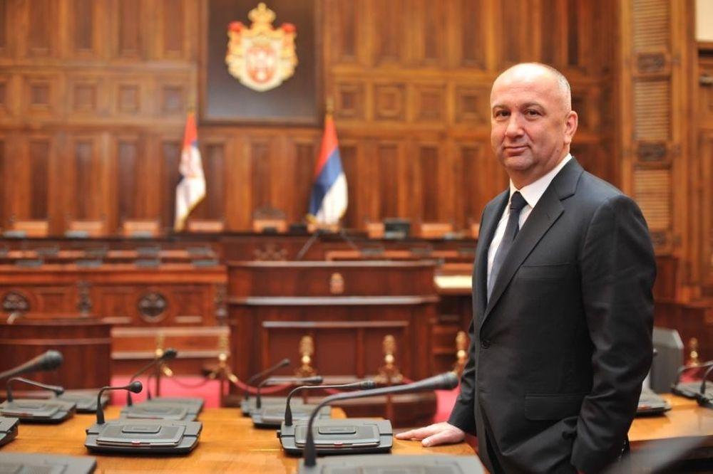 SRPSKA NARODNA PARTIJA: Srbi su u ovom trenutku najugroženija nacija u Evropi