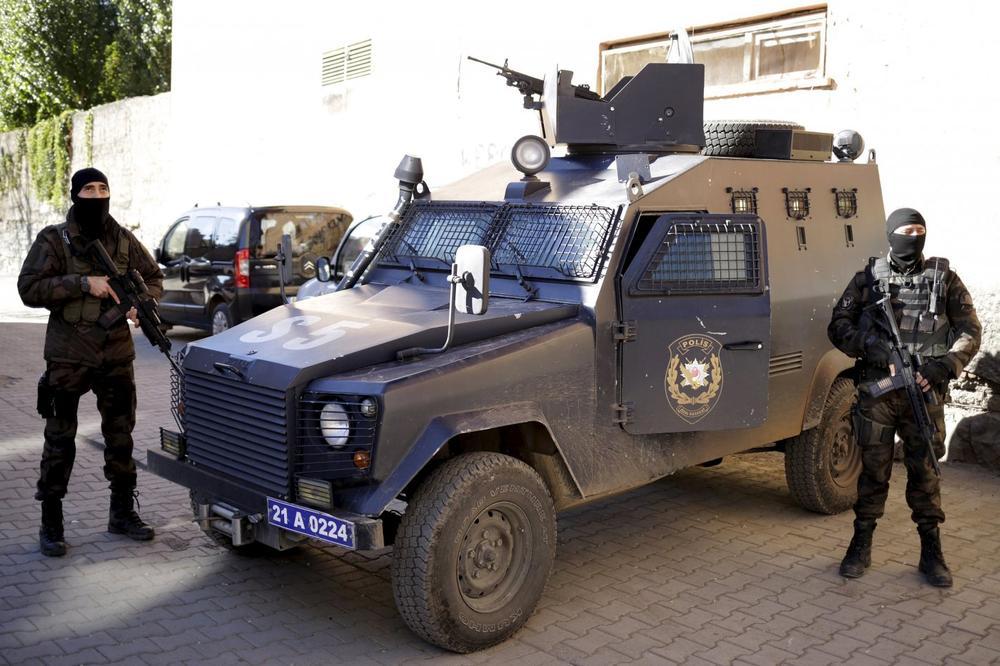 OTKRIVEN MOZAK NAPADA U ISTANBULU? Policija traga za šefom Islamske države u Turskoj!
