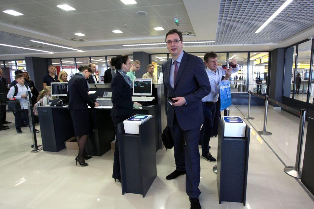 Vučić: Let za Njujork nema niko od Slovenije do Grčke