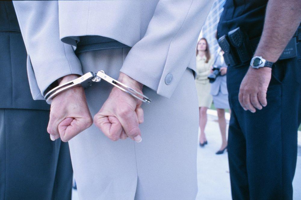 UHAPŠENA SUBOTIČANKA U TEMERINU: Osumnjičena za krađu platnih kartica i provalu
