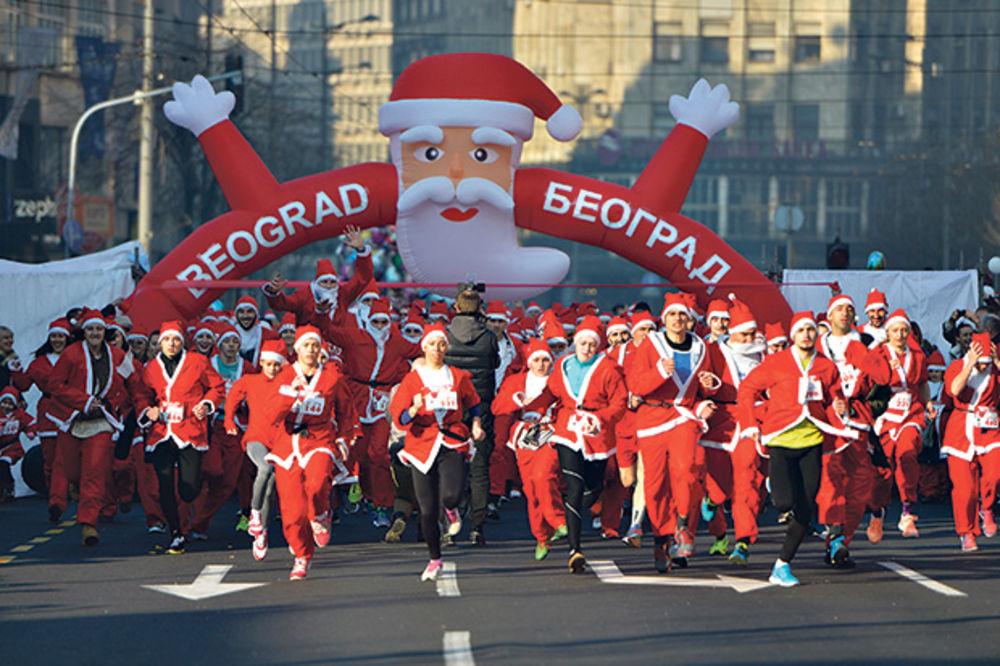 POMOGLI NEPOKRETNIMA: Trčalo tri hiljade Deda Mrazeva!