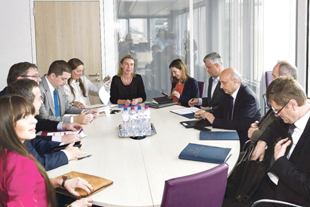 PULS JAVNOSTI KOSOVA: Oko 94% Albanaca protiv stvaranja Zajednice srpskih opština