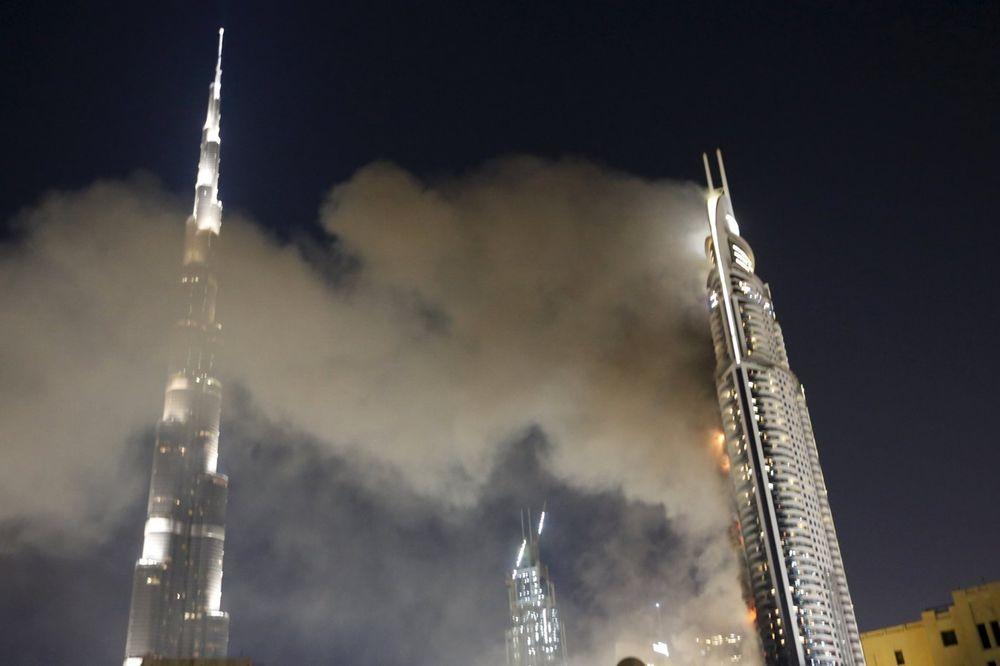Dubai, hotel Adres dauntaun, požar, 01.01.2016, Foto Reuters