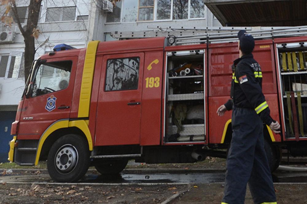 VATRA PROGUTALA 500 KVADRATA: Izgorela osnovna škola u Begaljici kod Grocke