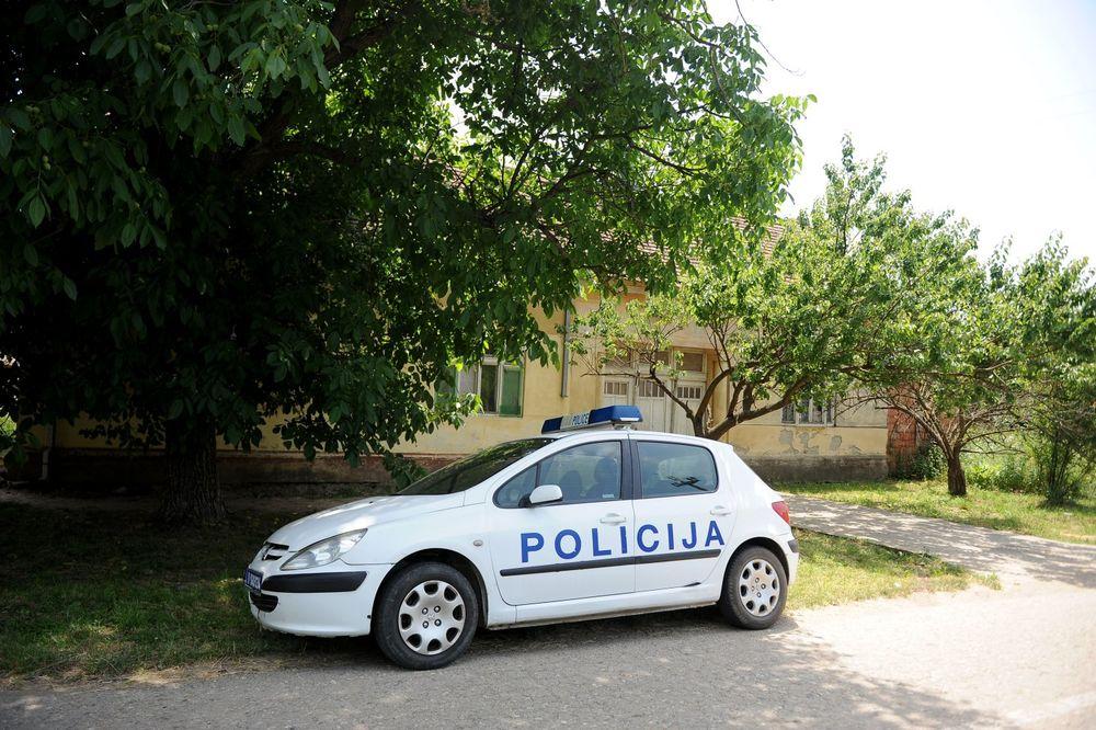 NESREĆA U SURČINU: Dečaka (11) udario auto, prebačen na reanimaciju