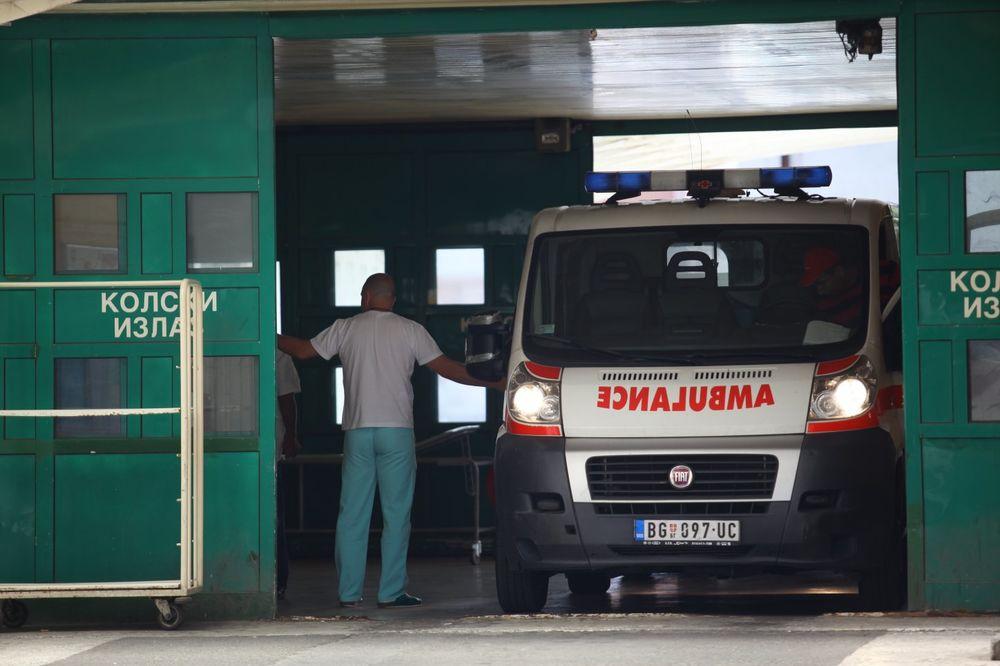 NOĆ U BEOGRADU Muškarac poginuo u nesreći kod Rušnja, autobus udario migrante kod Železničke stanice