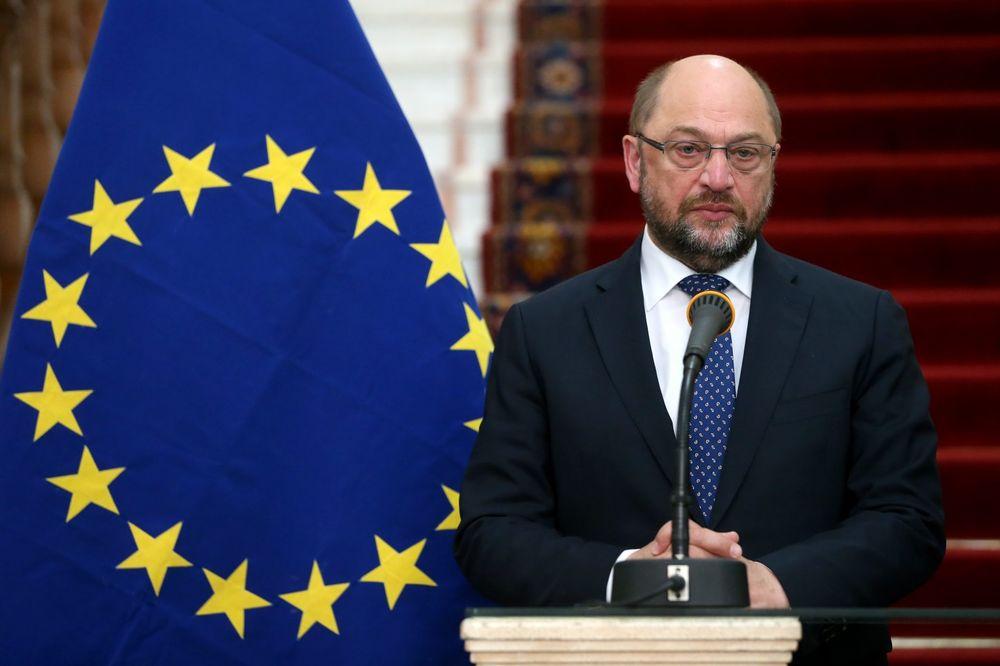 ŠULC POSTAVIO ULTIMATUM BRITANCIMA: Imate rok do utorka pokrenete izlazak iz EU