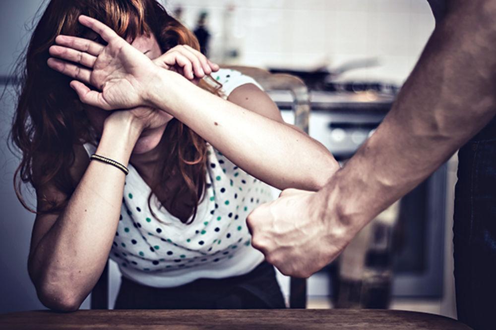 SILOVANJE I NASILJE U VALJEVU: 4 devojke držao zarobljene