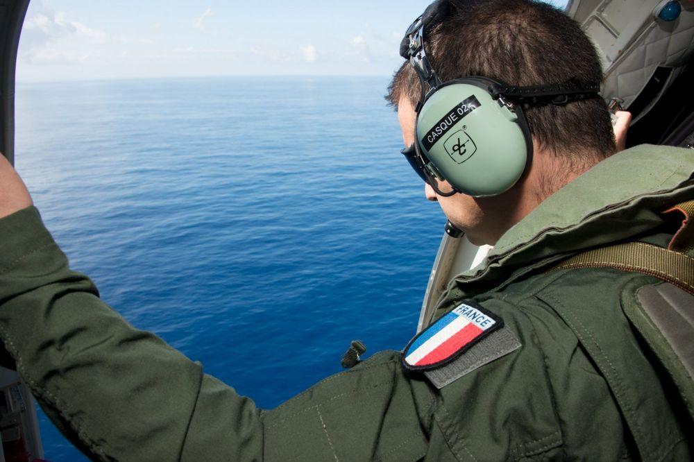 KRAJ NADE DA ĆE MISTERIJA BITI REŠENA: Obustavlja se potraga za nestalim avionom MH370!