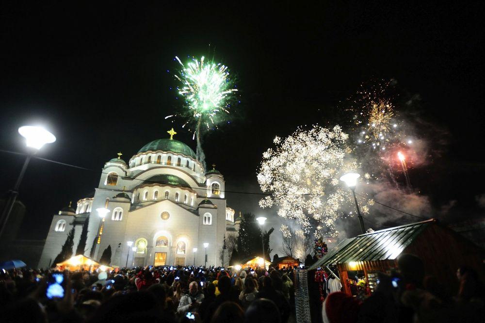 (FOTO) ZA ONE KOJI NISU VIDELI: Veličanstven vatromet iznad Hrama Svetog Save