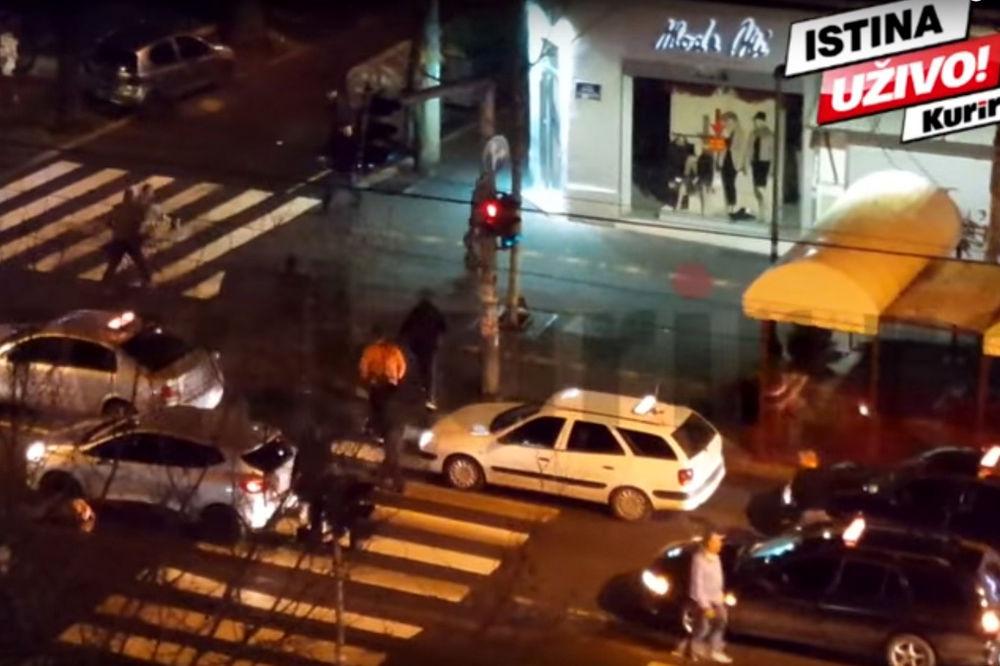 EKSKLUZIVNI SNIMAK! MASOVNA TUČA U BG: Nasilnici tukli vozača, a onda su taksisti uzvratili...