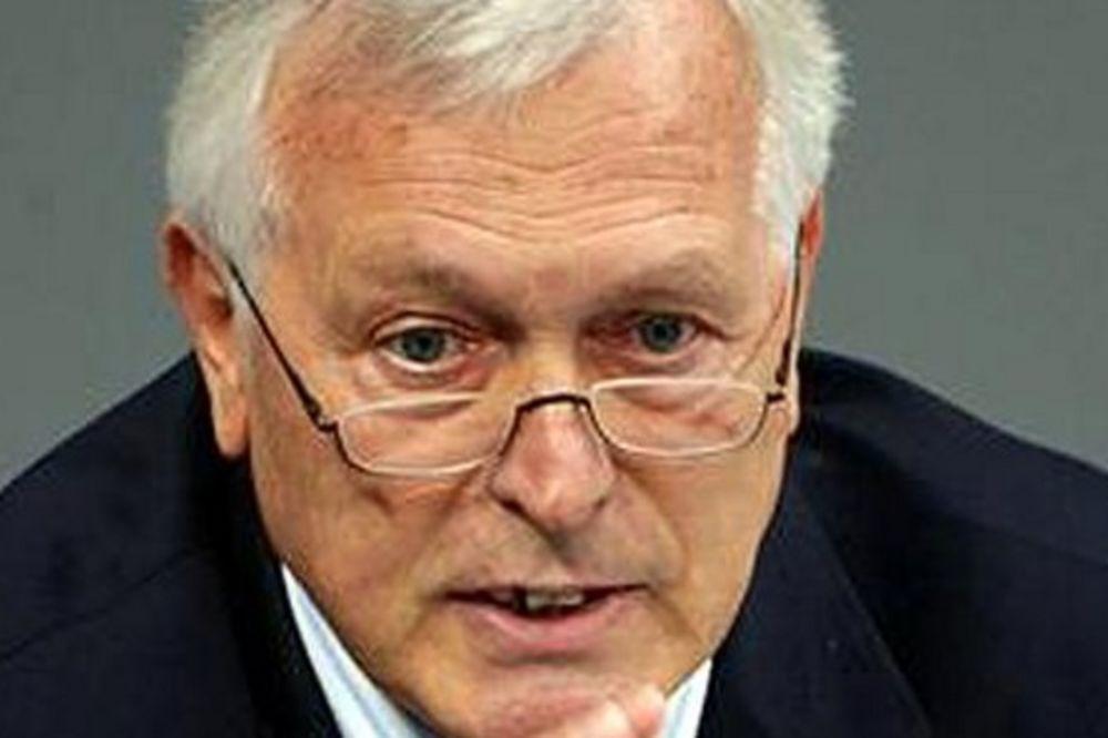 FOKUS: Nemački tajni agent 008 spasio bivšeg Đinđićevog telohranitelja iz zarobljeništva u Libiji!